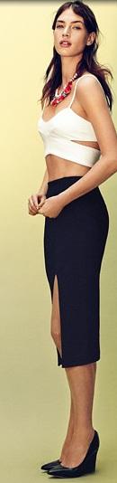 Skirt 29,95 euro - Top 19,95 euro